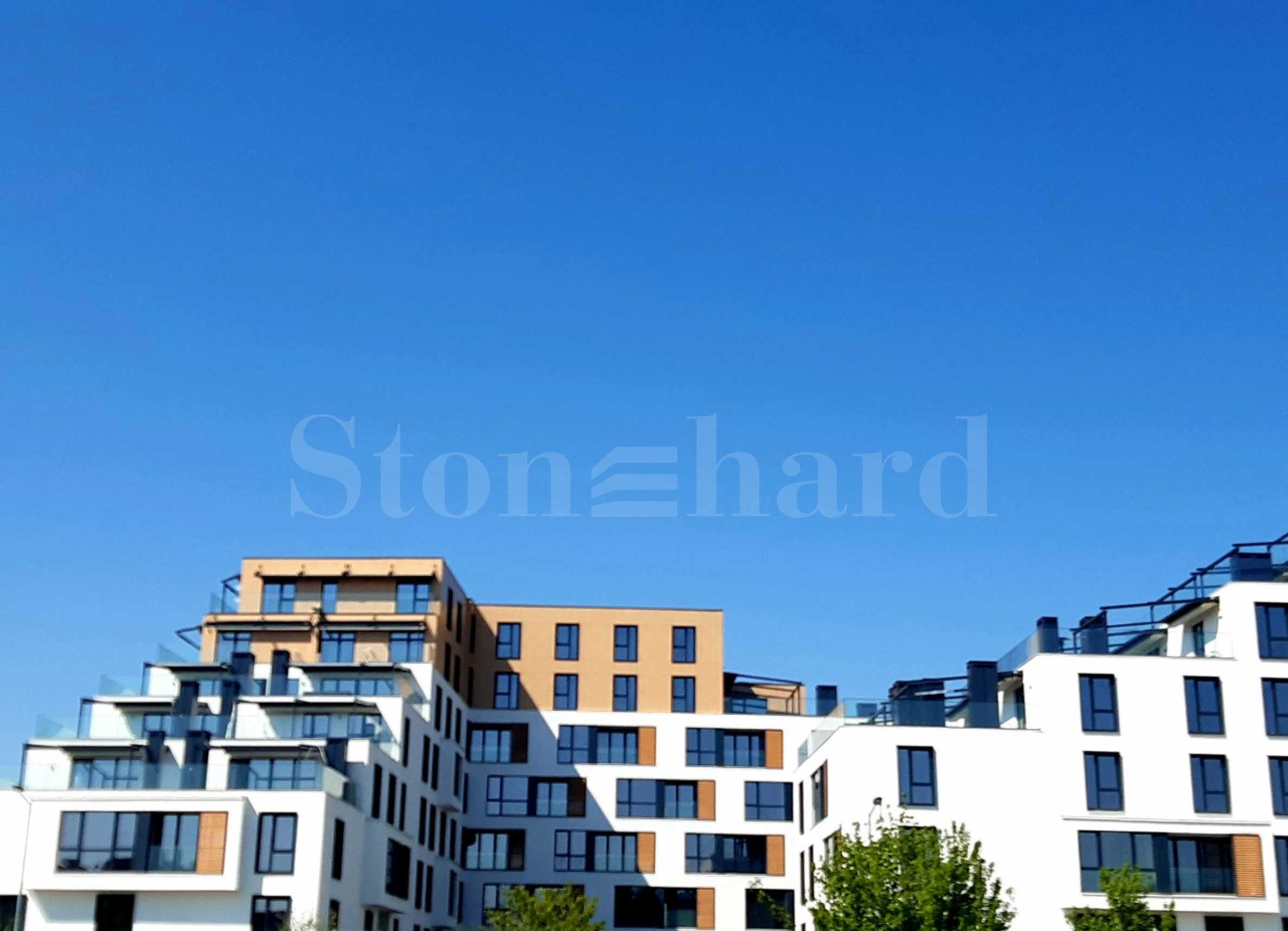 Residential complex with distinguished architecture near parks and Mall Plovdiv1 - Stonehard