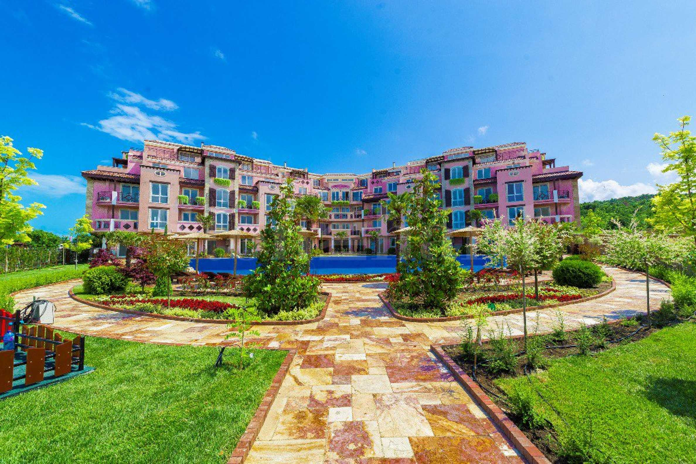 Apartments in a Mediterranean-style waterfront complex with sea views near Sozopol resort2 - Stonehard
