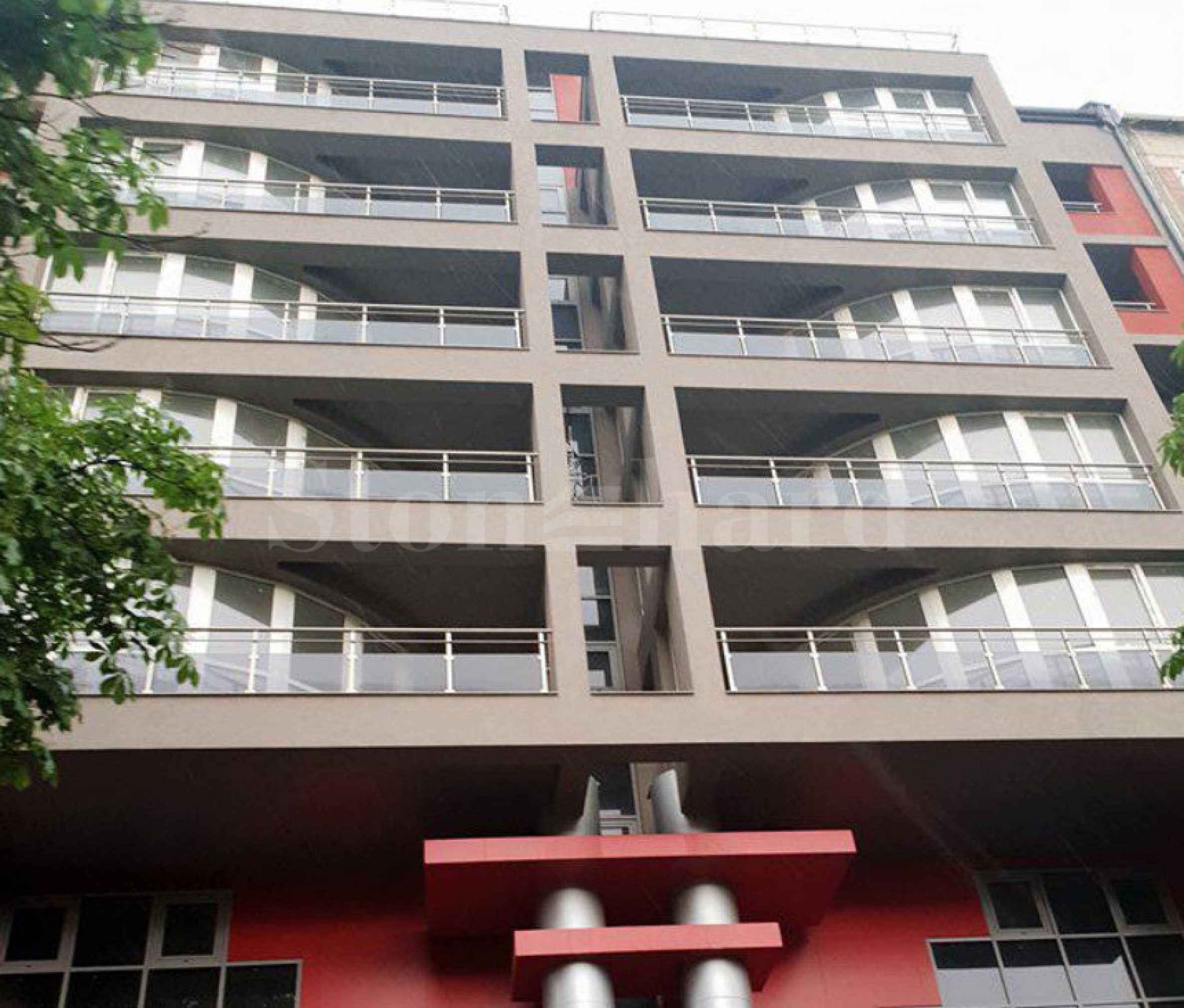Просторни апартаменти с топ локация в ж.к. Зона Б51 - Stonehard