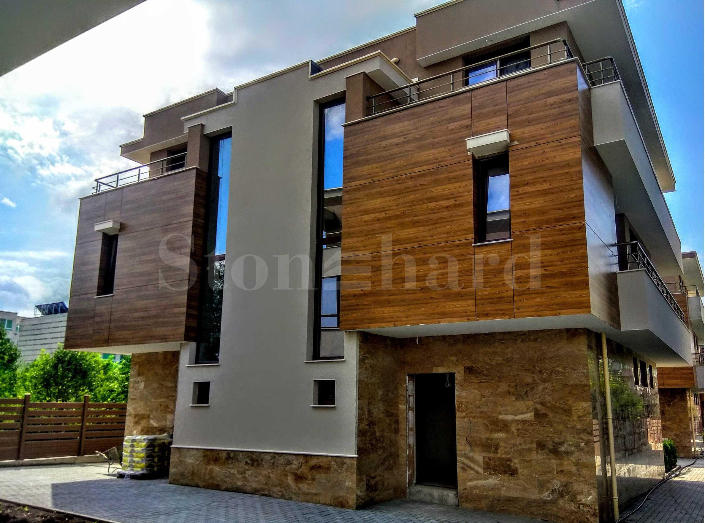 Съвременни къщи ново строителство близо до плажа в Сарафово1 - Stonehard