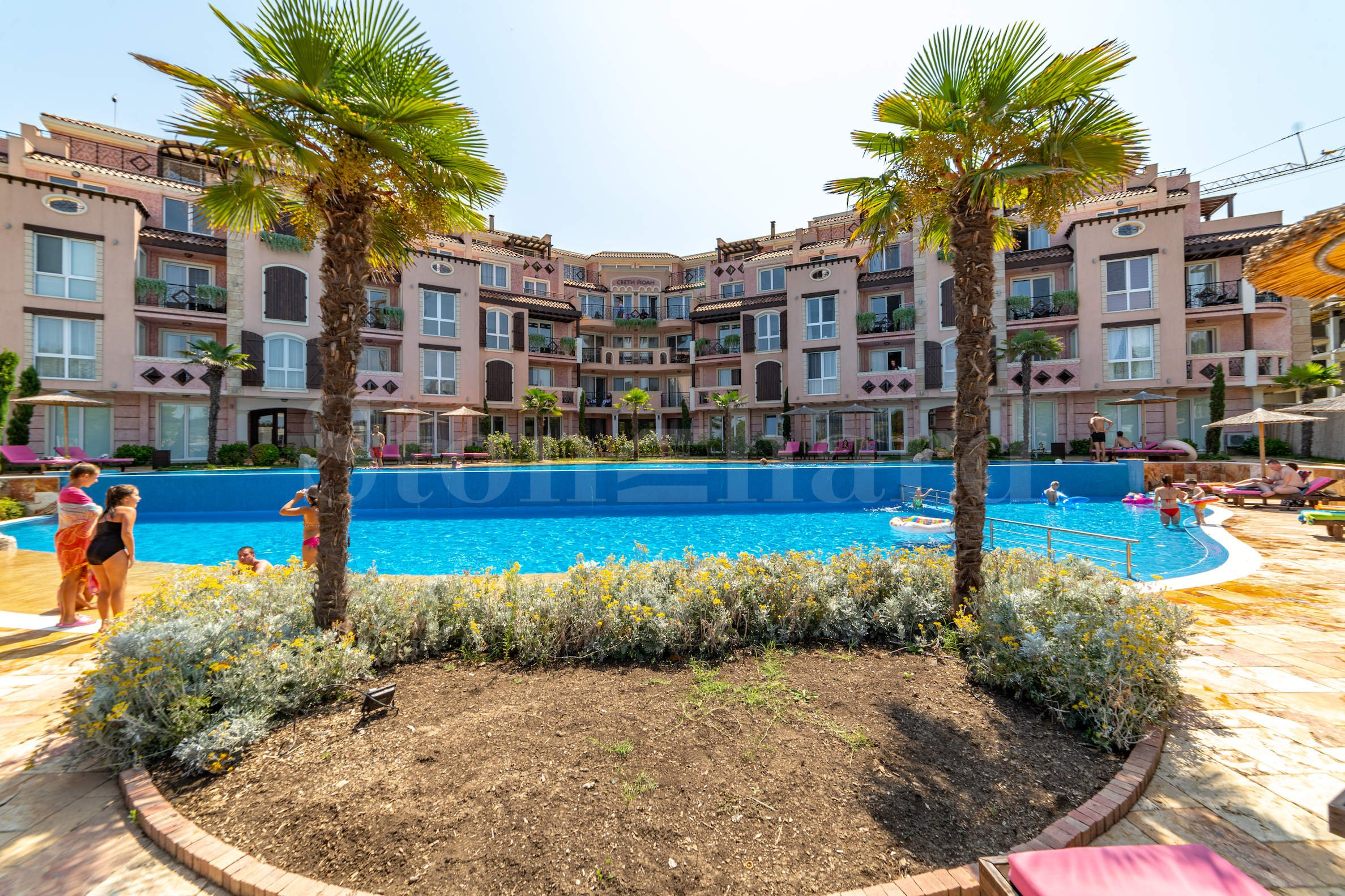 First-class apartments in a new complex by the Kavatsi Beach2 - Stonehard