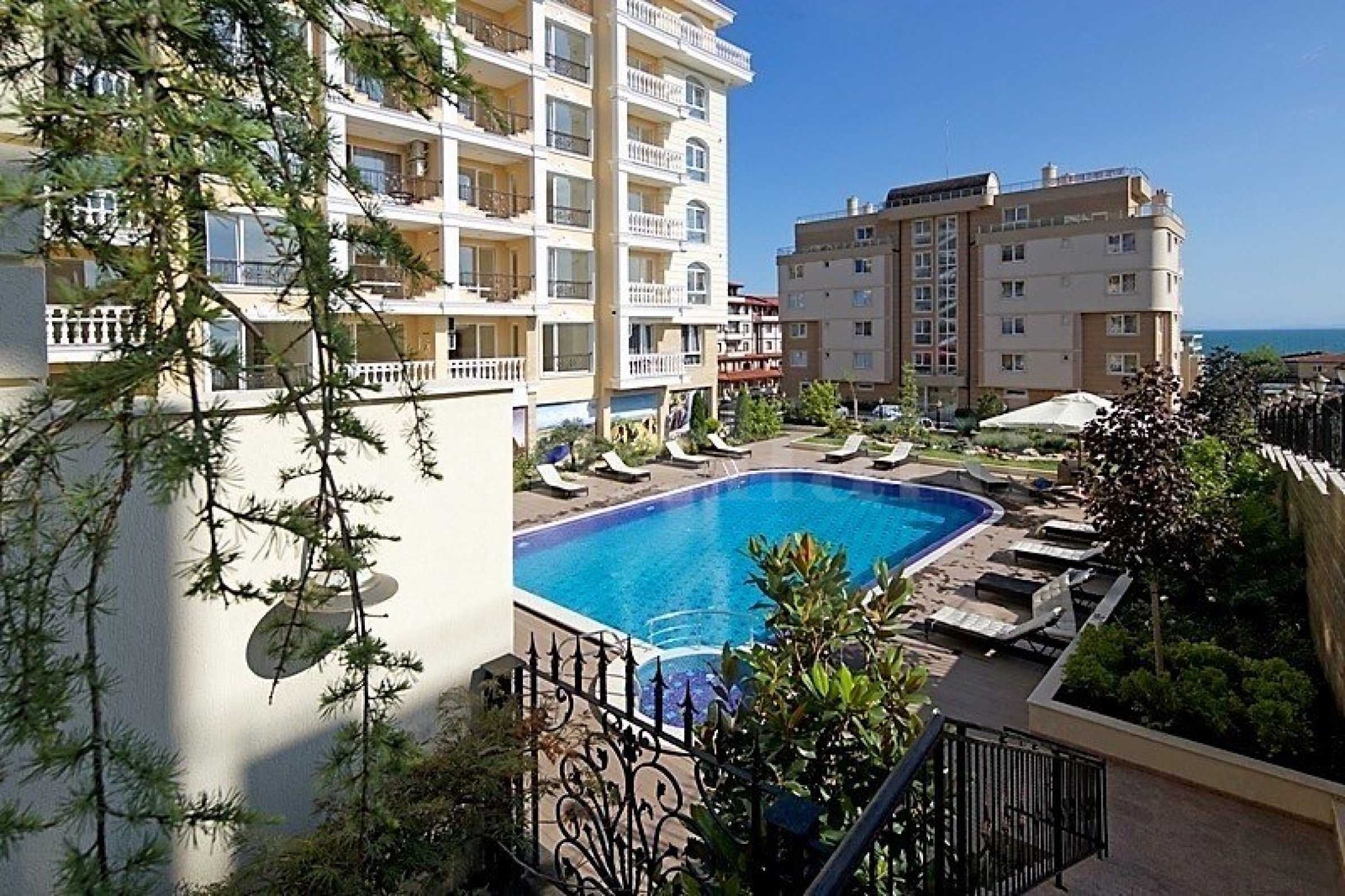 Turn-key apartments in an operational complex near the beach2 - Stonehard