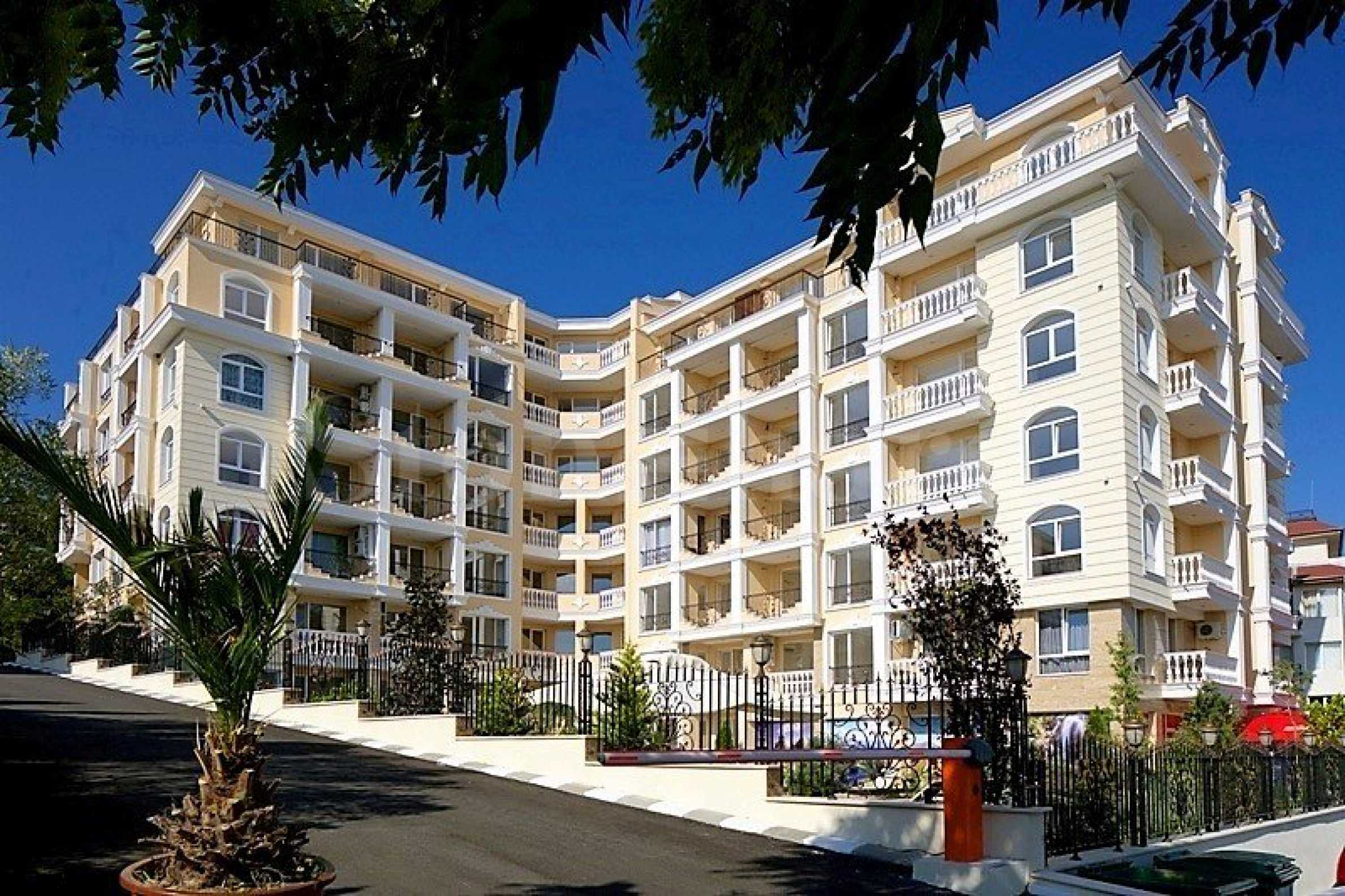 Turn-key apartments in an operational complex near the beach1 - Stonehard