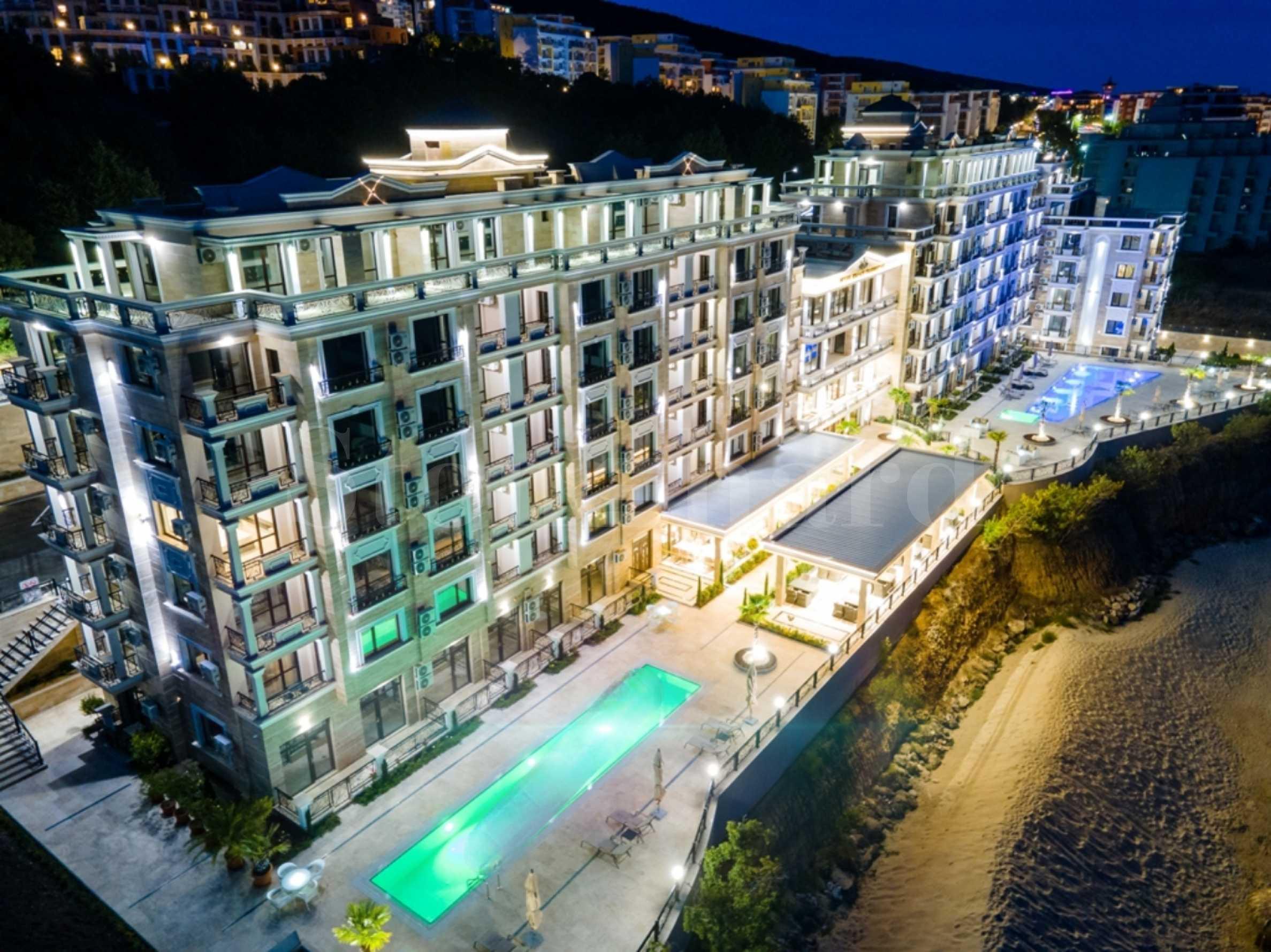 Апартаменти в крайбрежен комплекс на първа линия в Свети Влас1 - Stonehard
