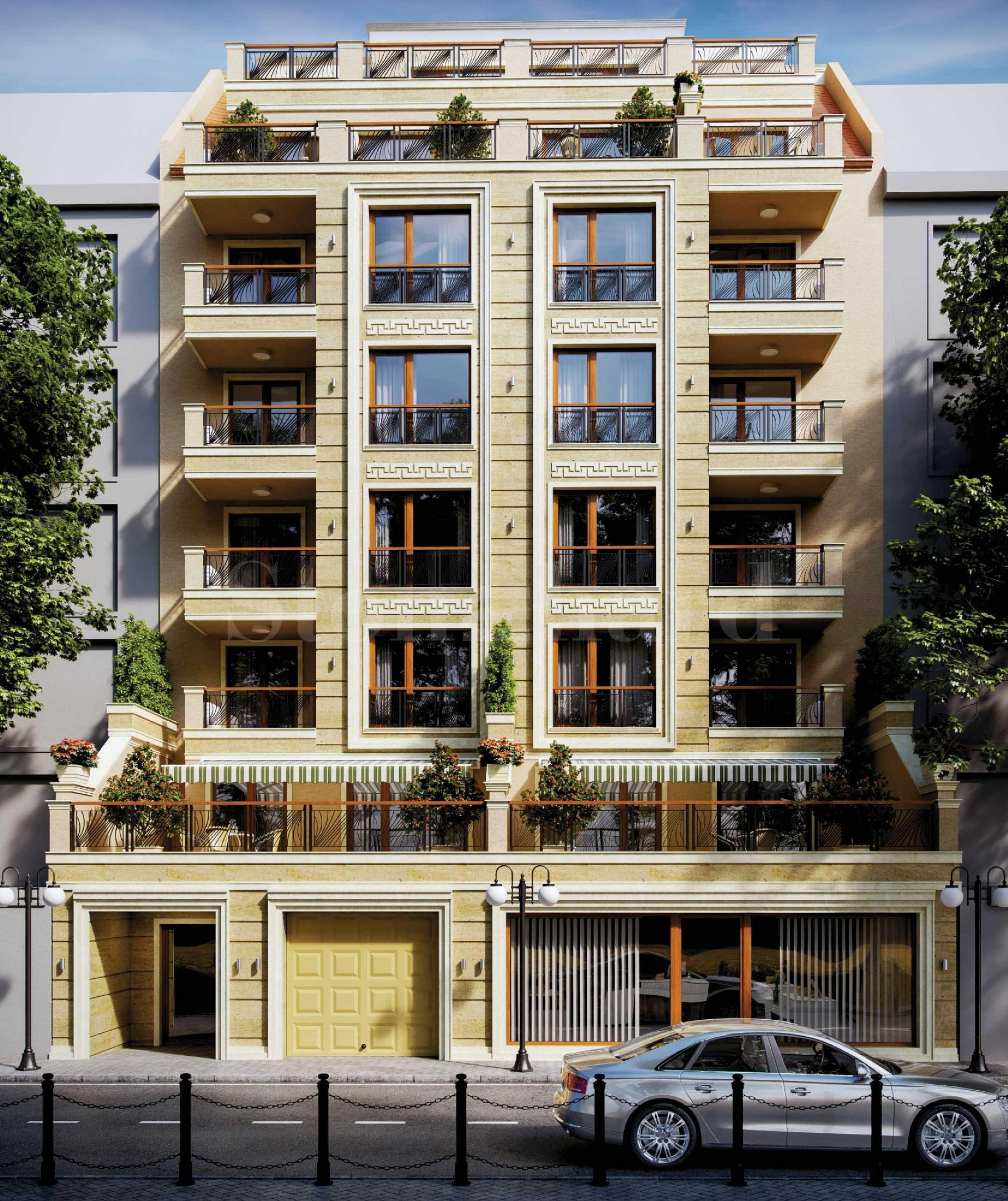 Бутикова сграда до метро с апартаменти